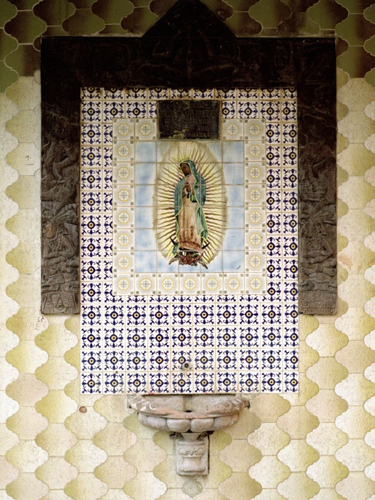 http://experiments.fr/files/gimgs/th-30_julie-hascoet_journal-mexicain_20.jpg