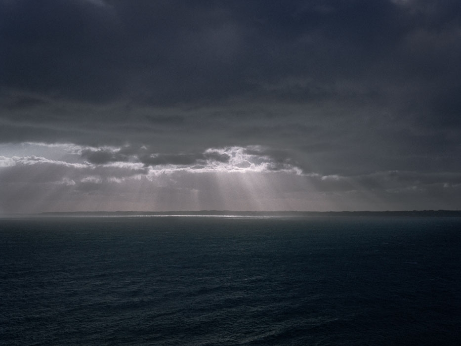 http://experiments.fr/files/gimgs/th-4_julie-hascoet_murs-de-l-atlantique_01.jpg
